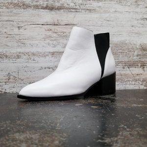 Womens Chinese Laundry Chealsa Boots Sz 9 40 White